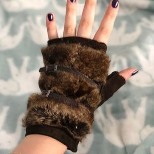 Accessories - Real Leather Fingerless Gloves